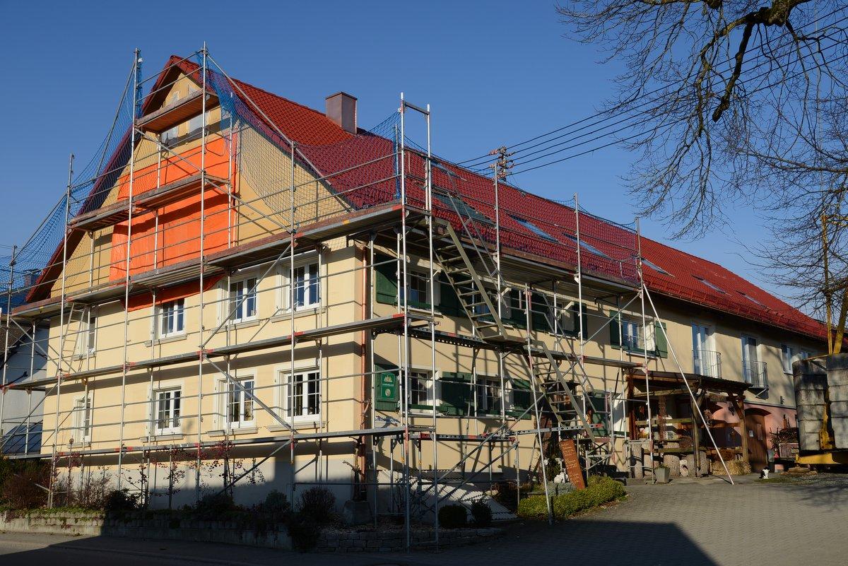 Beuren_Dachsanierung-004.JPG
